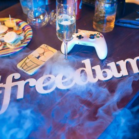Freedыm Hookah Bar